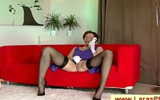 chic aged nympho mom with nylons