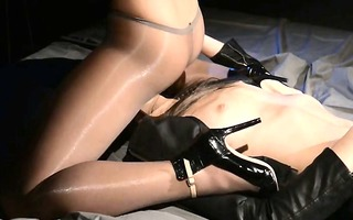blindfolded hottie acquires sexing by belt on