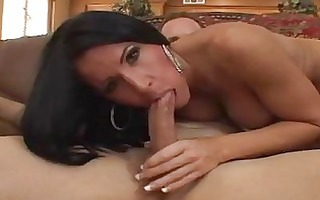 tanned brunette d like to fuck with large natural