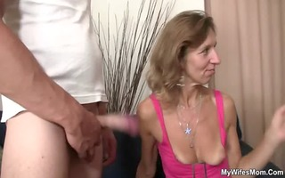 granny fucks her daughter&#10109 s bf and gf