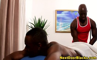 muscly dark masseur rims and sucks